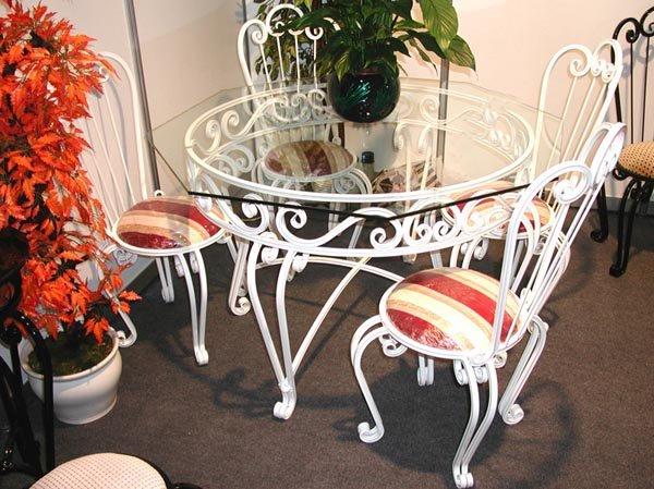 Кованая мебель - кровати, скамейки, столики в казани.
